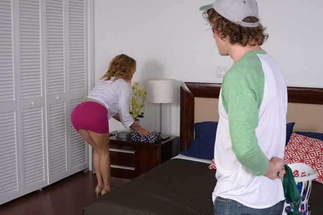 Young teen boys licking girls
